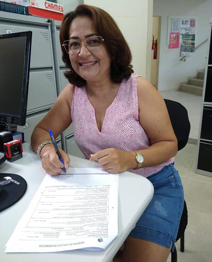 IPMV parabeniza a segurada Nélida Ribeiro Ferreira Neto pela sua aposentadoria