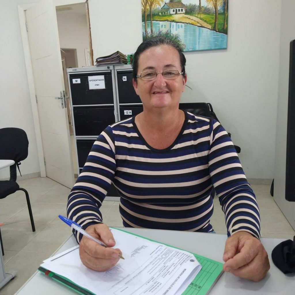Nova aposentada: Elenita Fátima Possamai de Souza