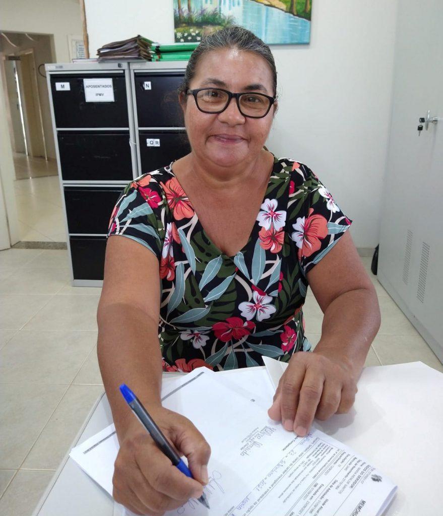 Maria Renilde Santos é mais uma aposentado em setembro